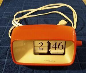 Vintage Copal Caslon Flip Clock - Model 101 - Red/Orange MCM Mid-Century Modern