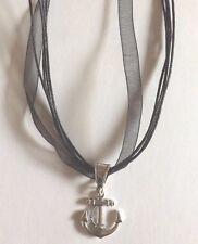 collier organza noir 43 cm avec pendentif ancre 23x20 mm