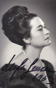 AUTOGRAPHED PHOTO OF OPERA SINGER Leyla Gencer soprano portrait