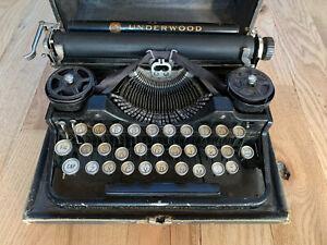 Underwood Typewriter - Standard Portable