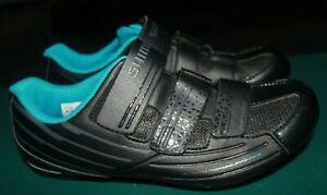 Women's Shimano RP2W Cycling Shoes, Black/Blue, Size US 7.8, EU 40, CM 25.2