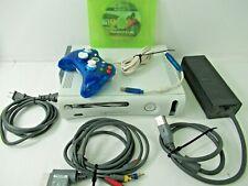 Microsoft Xbox 360 60 GB HDD Console Bundle in GREAT Condition - E406
