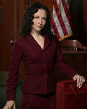Neuwirth, Bebe [Law and Order : TBJ] (7347) 8x10 Photo
