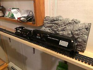 6-8576 Penn Central GP7 & PC caboose 9172