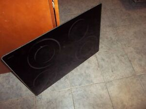 THERMADOR range RED30VRS cooktop glass only no frame 00238682 or 00238680 used