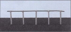 Ratio 143 20 x White Single Rail Fencing Stanchions with Wire 00 Plastic Kit 1st