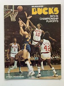 4/20/74 Chicago Bulls @ Milwaukee Bucks Official Playoff Program & Ticket Stub