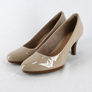 Clarks Artisan Patent Leather Heels Womens 7.5 M Nude Tan Classic Pumps
