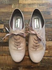Luxury Rebel Women's Shoes Flats Sneakers Oxfords Light Pink Size 39.5