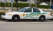 GREENLIGHT POLICE MIAMI DADE FORD CROWN VICTORIA CUSTOM UNIT