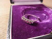 Edler 585 14 K Gold Ring Weißgold Rubin Granat Rot Zierlich Schlicht Designer