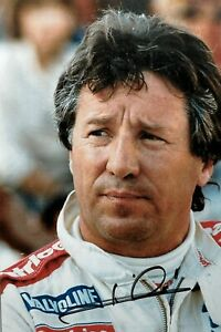 ***  MARIO ANDRETTI  -   LOLA / FORD  -  SIGNED  -  INDY  ***  photo