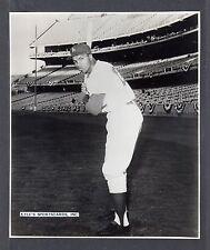Tommy Davis  LA DODGERS  UNSIGNED 7-3/4 x 9  B & W  ORIGINAL STAFF PHOTO #12
