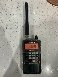 Radio Scanner UBC75XLT Uniden Bearcat Airband Marine 300 Channel , Unit Only