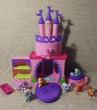 Littlest Pet Shop Princess Castle with Disney Palace Pets Mini Figures (7)