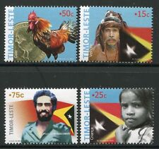 Timor 2005 Nationalsymbole Hahn Münze Flaggen Flags Coin 377-380 MNH