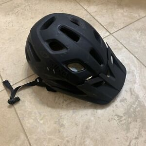 Giro Fixture Bike Helmet with MIPS, Univ. Adult 54-61 cm, Matte Black