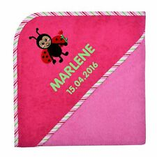 Wolimbo 140x140cm Kapuzenbadetuch mit Namen und Motiv rosa Kapuze pink gestreift