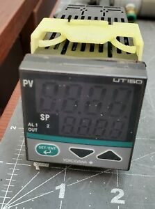 Yokogawa UT150 Temperature Controller With RG1986-7 Arc Suppressor [B2B3]
