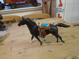 1984 VINTAGE TOY HORSE  8 INCHES HIGH
