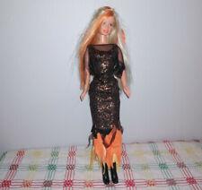 Mattel 1998 Barbie doll Halloween Holiday blonde/orange hair in witch costume
