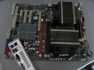 BD1281 ASUS Mainboard-Bundle Z8NA-D6  / Intel Xeon 2 mal / 32 GB plus Slotblech