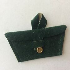 Attractive Green Bag - ruler in photos - vintage dolls clothes accessories