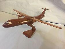 ATR 72 MAGNIFIQUE MAQUETTE avion/aircaft/plane BOIS 40CM neuf