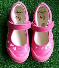 Girls Clarks Mini Folk Pink Leather Shoes Size 9 1/2F Hearts Petals