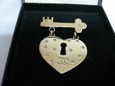 Chanel CC Logo Heart and Key Motif Brooch Gold Tone Rhinestone 02P CC Italy AUTH