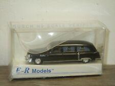 1952 Cadillac Hearse - Busch ER Models - 1:87 in Box *40410