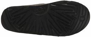 UGG Men's Neumel Waterproof Chukka Boot, Charcoal, Size 10.0 TdUf