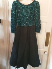 Beautiful sequinned green black vintage 80s Tessara evening dress gown 8 10