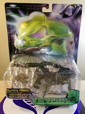 OPERATION BUG SABER-SCARAB MUTATE PAINT DISSECTION BUG 1999 TRENDMASTERS NEW
