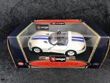 BBurago SPA 1993 Dodge Viper RT/10 1:24 DieCast White w/ Blue Stripes