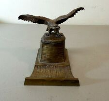 ANTIQUE AUSTRIA BRONZE INKWELL WITH EAGLE FIGURAL COVER, FITTED GLASS INSERT