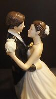 Royal Doulton Pretty Ladies Wedding Day Occasions Figurine Cake Topper HN5646