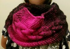 hand-knitted double loop scarf with lion brand Scarfie yarns(black/hot pink)