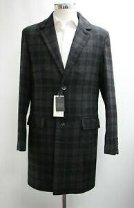 Men's Williams & Brown Coat in Checked Black & Grey (M).. Ref: 7492