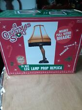 A Christmas Story 20-inch Leg Lamp Prop Replica With A Christmas Story keychain