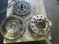 CLUTCH KIT AND FLYWHEEL TO SUITE HOLDEN COMMODORE VZ V8 LS1 SS 5.7L MODELS