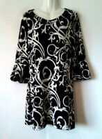 WOMEN'S WHITE HOUSE BLACK MARKET SCROLL 3/4 BUBBLE SLEEVE STRETCHY DRESS SIZE M