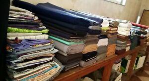 Lote más de 230 piezas y rollos tela y retales nacionales resto cierre negocio