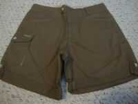 Women's COLUMBIA brown shorts, 6