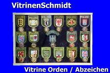 VitrinenSchmidt® 031 Schaukasten Vitrine Polizei Abzeichen Orden