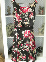 White House Black Market Sleeveless Dress Size 4 Black  Floral GORGEOUS