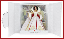 "【 DISNEY 】 SNOW WHITE 17"" LIMITED EDITION DOLL - SAKS EXCLUSIVE - NEW"