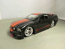 JADA 1/24 BIGTIME MUSCLE HOBBY EXCLUSIVE BLACK & RED FORD MUSTANG GT NO BOX