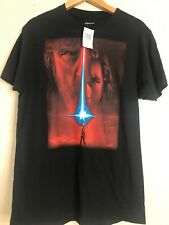Star Wars Graphic T Shirt Hot Topic Size Medium Kylo Ren Luke Skywalker