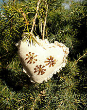 """""""CHRISTMAS HEARTS"""" - HAND-CRAFTED CHRISTMAS TREE DECORATIONS FULL SIZE"""